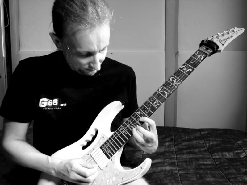 Daemoness Guitars Video Log – 02